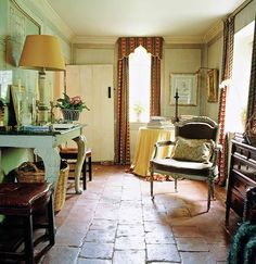 If drapes go with the floor they belong to the structure of the room - even if they're patterned.