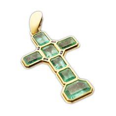 Perlota - Pendentif croix Kalista en émeraudes et or jaune, prix sur demande