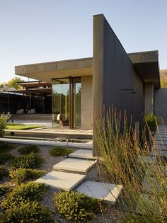 Contemporary courtyard residence in Mill Valley, California