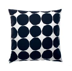 Give your living room a quick make over with the Pienet Kivet cushion cover by Marimekko. The pattern is a classic Marimekko design by… Marimekko, Large Throw Pillows, Modern Throw Pillows, Textiles, Handmade Pillows, Decorative Pillows, Decorative Objects, Cushion Covers, Pillow Covers