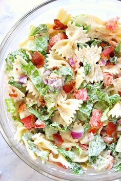 BLT Pasta Salad Recipe - delicious Summer pasta salad idea! Bacon, lettuce and tomatoes with farfalle pasta and creamy dressing (mayo-free option too!).