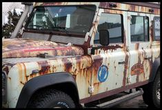 VERY, VERY RUSTY LAND ROVER DEFENDER ;) | Flickr - Photo Sharing!