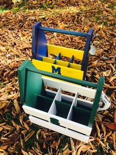 CUSTOM BEER CADDY ! Wooden Cooler, Beer Caddy, Diy Cooler, Building Ideas, Small Towns, Etsy Seller, Create, Projects, Log Projects