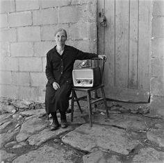 Virxilio Vieitez fue el primer gran fotógrafo de Galicia, retrató no sólo a varias generaciones sino también una forma de vida extinta. Conócelo mejor, te sorprenderá.