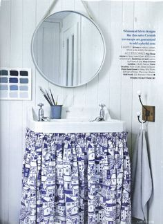 St Credit: Homes & Gardens, Photo Emma Lee, Stylist Emma Thomas Laundry Room Bathroom, Laundry Rooms, Bathrooms, Blue And White Curtains, Shabby, Natural Home Decor, Kitchen Linens, Table Linens, Basin