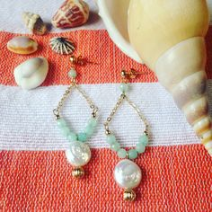 These Del Mar earrings with agate stones and coin pearls have us dreaming of the sea and summertime! Agate Stone, Summertime, Stones, Pearls, Photo And Video, Instagram, Earrings, Accessories, Del Mar