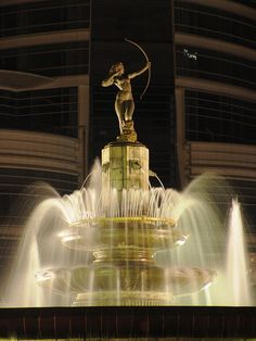 Fuente de la La Diana Cazadora , Paseo de la Reforma, Ciudad de México