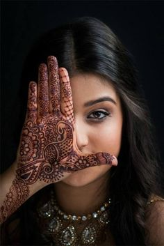Top 10 Engagement Mehndi Designs You Should Try - Henna - Tattoo - Tatuaje - Tatouage Mehndi Tattoo, Henna Mehndi, Hand Henna, Mehndi Art, Hindu Tattoos, Henna Mandala, Art Tattoos, Mandala Tattoo, Mehendi Photography