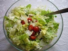 Ledový salát s extra zálivkou Guacamole, Cabbage, Food And Drink, Vegetables, Cooking, Ethnic Recipes, Nova, Diet, Food Recipes