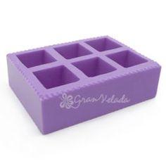 Molde de silicona, 6 cubos. Para #hacerjabones y velitas 3D. En Gran Velada disponemos de una amplia gama de moldes, consúltanos. #hacervelas