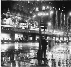 Christmas display, G. Fox, Hartford, 1959 :: Connecticut History Online