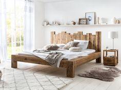 Das Bett Queensburgh ist die etwas luftigere Variante des Bettes Kingsburgh aber ebenso für Liebhaber des natürlichen und rustikalen Geschmacks.Durch den einfachen, wuchtigen Bettrahmen aus Pinienholz wirkt es auf den ersten Blick, als wäre dieser einfach aus Baumstämmen gefertigt. #rustikal #bed #holzbett #bett #schlafzimmer #kingsizebett #echtholz Decor, Furniture, Interior, Home Decor, Bed