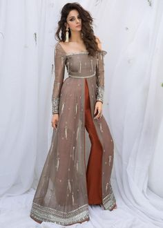 Stylish Dress Designs, Designs For Dresses, Stylish Dresses, Fashion Dresses, Pakistani Dress Design, Pakistani Dresses, Indian Dresses, Indian Outfits, Western Gown