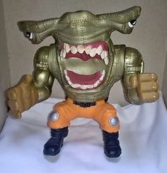 Street Sharks Series 4 Pool Shark Ripster Action Figure