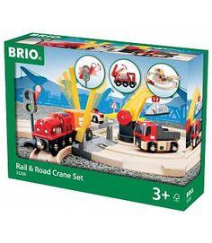 Tren circuito madera con paso a nivel. Brio 33208