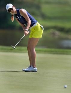 hot female golfers pictures