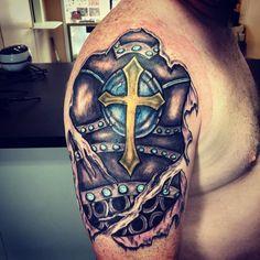 Armor Sleeve Tattoo, Tattoo Cover Sleeve, Armour Tattoo, Shoulder Armor Tattoo, Shield Tattoo, Full Sleeve Tattoos, Norse Tattoo, Celtic Tattoos, Viking Tattoos