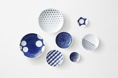 A range of porcelain with patterns that play on designs from a traditional Japanese pottery, by Japanese studio Nendo. The Ume and Karakusa collections are all Ceramic Plates, Porcelain Ceramics, Ceramic Pottery, Ceramic Art, Porcelain Doll, Painted Porcelain, White Porcelain, White Ceramics, Hand Painted