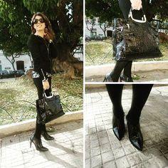 Grazie Silvia per aver indossato  #vigevanoshoes !!! #style #stayperfect #cool #fashionshoes #fashion #beautiful #beautifulday #taccoepunta #tacco10 #totalblack #blackshoes #shoes #woman #tacchi