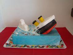 Titanic going down cake