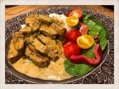 Sambal Oelek, Lchf, Thai Red Curry, Food And Drink, Chicken, Meat, Ethnic Recipes, Cubs, Kai