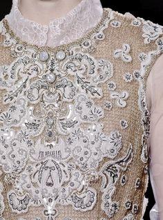 Valentino Haute Couture - Details
