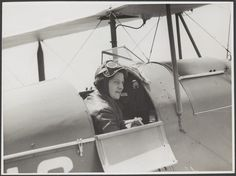 "Vintage photos from public archives. When using, reference by stating ""no known copyright restrictions"". Freda Thompson sitting in the cockpit of a de Havilland Moth Major, ca 1935 Mary Bell, Pilot License, Australian Air, Aircraft Photos, Social Marketing, Wwii, Vintage Photos, Coaching, Aviation"