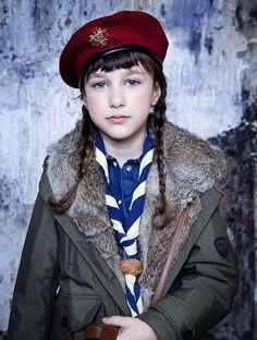 """A """"Moonrise Kingdom"""" story for l'Officiel Enfants, sept 14, styling anne-sophie thomas © julie ansiau"""