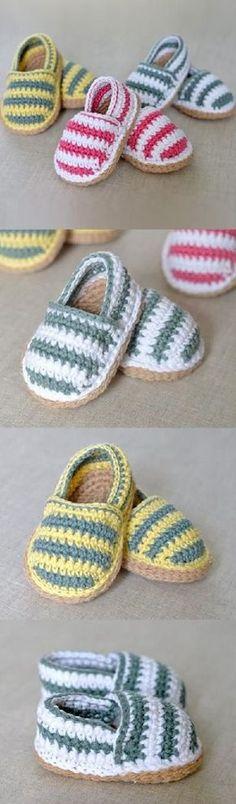 Stripy Espadrille Shoes Crochet Pattern ☂ᙓᖇᗴᔕᗩ ᖇᙓᔕ☂ᙓᘐᘎᓮ…o l qa Crochet Diy, Crochet Baby Shoes, Crochet Baby Clothes, Crochet Slippers, Knit Or Crochet, Crochet For Kids, Crochet Crafts, Crochet Stitches, Crochet Projects