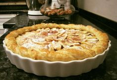 Vaníliakrémes almás pite Fruit Recipes, Dessert Recipes, Cooking Recipes, Healthy Recipes, Smoothie Fruit, Quiche, Hungarian Recipes, Winter Food, Bakery