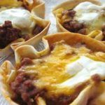 Mini meatloaves – Best Cooking recipes In the world Mini Tacos, Wheat Thins, Breakfast Quiche, Onion Soup Mix, Soup Mixes, Quiches, Mayonnaise, Cheddar Cheese, Ground Beef