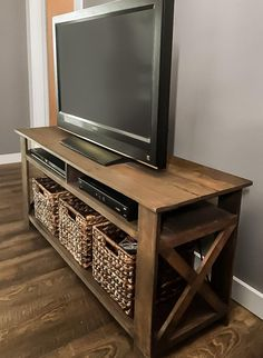 Diy pallet tv stand plans woodworking plans diy furniture etsy reclaimed footboard as a wall shelf Wood Pallet Furniture, Diy Furniture Projects, Diy Pallet Projects, Farmhouse Furniture, Rustic Furniture, Furniture Makeover, Modern Furniture, Wood Projects, Antique Furniture