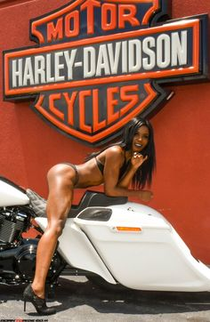 Lady Biker, Biker Girl, Harley Davidson, Cafe Racer Girl, Hot Bikes, Biker Chick, Muscle Girls, Street Bikes, Bike Life