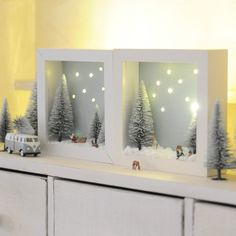 Christmas decoration for the apartment with great miniatures, figures, fir on the bu . - Christmas decoration for the apartment with great miniatures, figures, fir on the Bulli and a fairy - Xmas Lights, Fairy Lights, Cuadros Diy, Christmas Shadow Boxes, Diy 3d, Holiday Crafts, Holiday Decor, Navidad Diy, Frame Crafts
