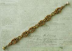 Linda's Crafty Inspirations: Bracelet of the Day: Elinor Bracelet - Olive Green
