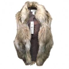 We think you'll love the Faux-Fur Vest by LOFT! This cozy faux-fur vest is the perfect Winter layering accessory! Faux-fur vest by Ann Taylor LOFT in shades of cream and taupe Fully lined Acrylic/Polyester Lining-Acetate/Nylon Brand new with original tags Black Fur Vest, Faux Fur Vests, Fur Vest Outfits, Boy Outfits, Crochet Baby Dress Free Pattern, Baby Boy Christmas Outfit, Baby Bracelet, Baby Vest, Baby Warmer