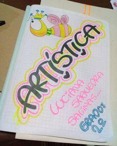 Trabajando - dulceamor225 Graph Paper Art, School Notebooks, Art Folder, Note Taking, Journal Covers, Hand Lettering, Notes, Crafts, Journal Ideas
