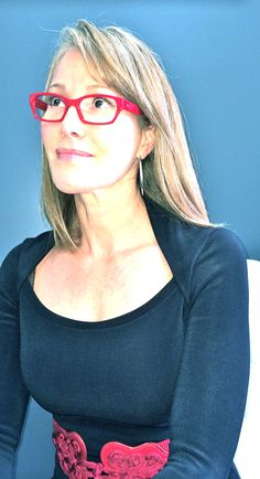 A little late this week but worth the wait. Entourage of 7... add some colour to your eyewear #Kelowna