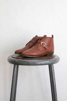 Vintage 80s Warm Brown Leather women's Pilgrim Boots. As great today...