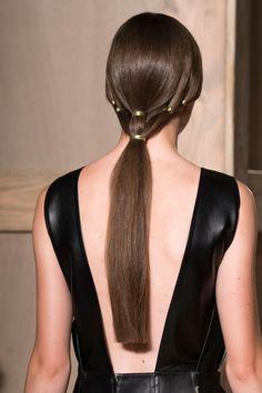 Valentino at Couture Fall 2016 - Details Runway Photos Hairstyles Haircuts, Pretty Hairstyles, Vanity Fair, Valentino, Madame, Fall 2016, Ponytail, Hair Makeup, Hair Cuts