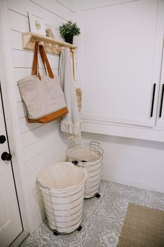 How We Designed a Family Friendly Laundry Room in our Garage – The Reveal! - How We Designed a Family Friendly Laundry Room in our Garage – The Reveal! by popular Florida DIY - Garage Laundry Rooms, Diy Plant Stand, Create A Family, Laundry Hacks, Garage Design, Freundlich, Organizing Your Home, Getting Organized, Fresh