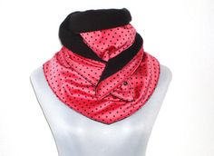 XL Dreiecksschal gepunktet rot schwarz von lucylique auf Etsy