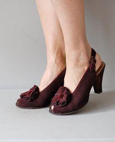 vintage 1930/1940s Cabernet pinhole peeptoes     #wwii #vintageshoes #1930s #1940s