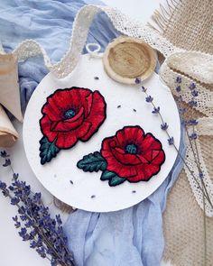 Вышивка гладью. Вышитая брошь Мак. Embroidered brooch Poppy