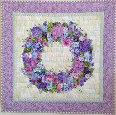 ウォーターカラーキルトとは | ウォーターカラーキルト Big Block Quilts, Cute Quilts, Quilt Block Patterns, Small Quilts, Mini Quilts, Quilting Projects, Quilting Designs, Twister Quilts, Watercolor Quilt
