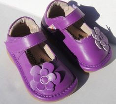 MOOSHU Trainers Squeeker Shoes NEW Purple Flower Mary Jane Sz 5-7