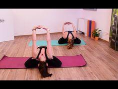 FOTOTRÉNING: Ako uvoľniť bolesť v krku a ramenách? Zacvič si týchto 10 cvikov - Fitshaker Stuart Weitzman, Youtube, Sandals, Heels, Fitness, Fashion, Health, Heel, Moda