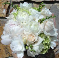 wedding bouquets peonies and hydrangeas | ... Yacht Club Wedding – Flowers By Fudgie | Your Sarasota Florist