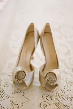 Gold rosette wedding shoes <3