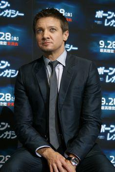 Jeremy Renner - The Bourne Legacy Japan Premiere 2012.